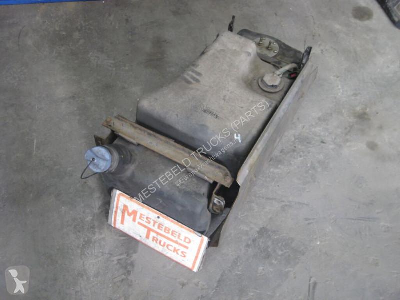 Voir les photos Pièces détachées PL DAF Réservoir AdBlue  Adbleutank pour camion
