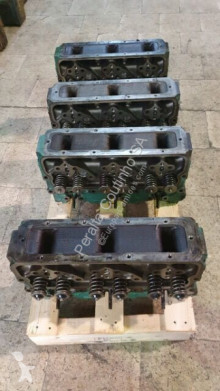 Volvo Culasse de cylindre /Cylinder Head Penta TD 70 / 71 /73 pour camion truck part