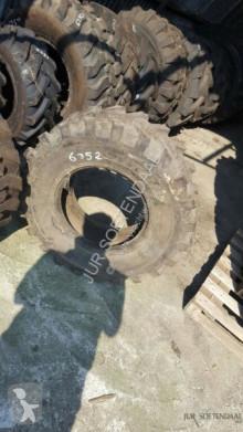 roue / pneu Titan