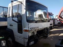 cabina Volvo FL Cabine  pour camion   614 usado - n°2981422 - Foto 2
