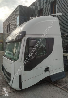 Zobaczyć zdjęcia Części zamienne do pojazdów ciężarowych Iveco HI-WAY High roof, sleeper cab