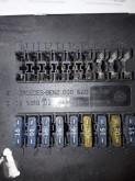 Voir les photos Pièces détachées PL nc Boîte à fusible MERCEDES-BENZ 0005400650 pour tracteur routier