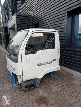Vedere le foto Ricambio per autocarri Nissan