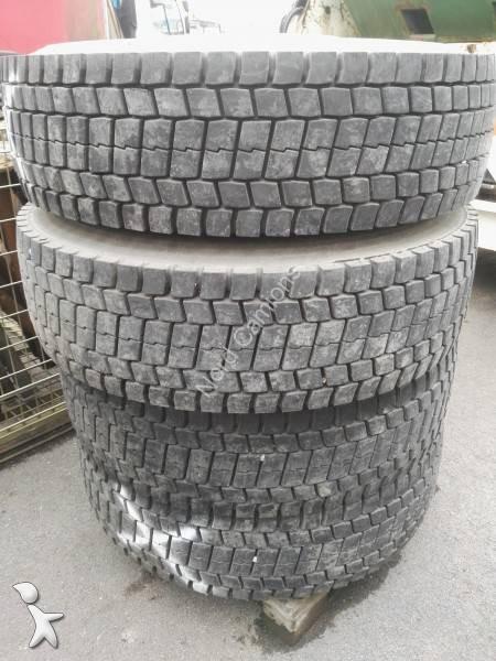 pneus michelin pneus poids lourds toutes tailles occasion n 2251518. Black Bedroom Furniture Sets. Home Design Ideas