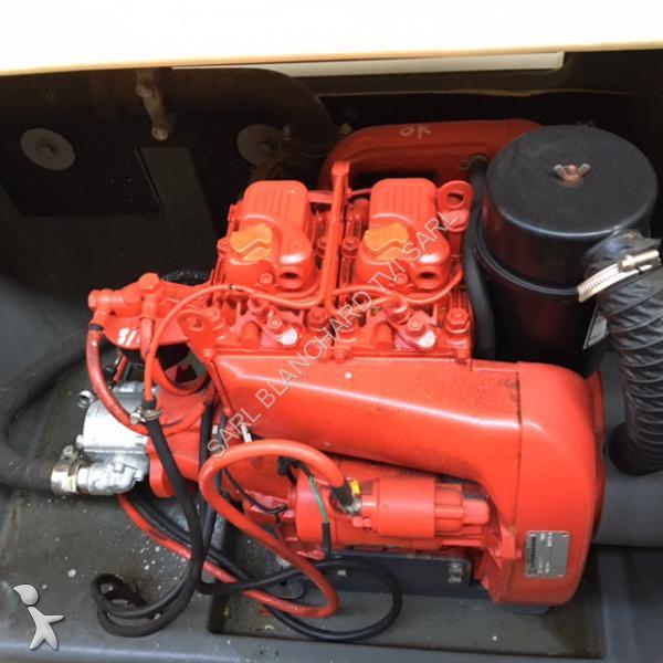 moteur ruggerini rd 210 diesel 20 5cv 2 cylindres occasion. Black Bedroom Furniture Sets. Home Design Ideas