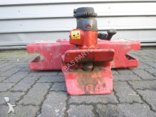 Universeel Substructure Towing Hitch construction equipment part