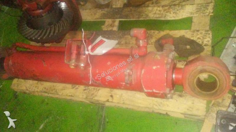 Ver as fotos Peças máquinas de construção civil nc Vérin hydraulique pour chargeur sur pneus O&K l25