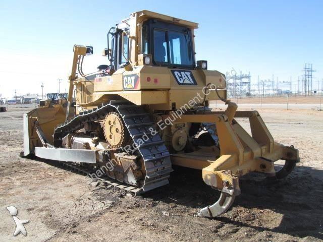 bulldozer caterpillar d6t used cat d6t dozer occasion n 1011609. Black Bedroom Furniture Sets. Home Design Ideas