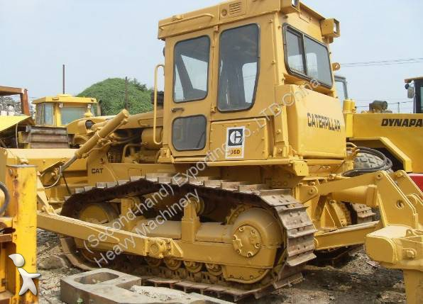 bulldozer caterpillar d6d used track dozer cat d6d with ripper occasion n 1212390. Black Bedroom Furniture Sets. Home Design Ideas