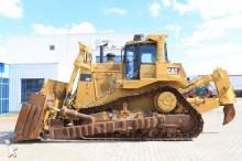 Caterpillar D 9T bulldozer