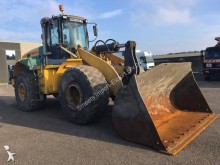 bulldozer New Holland W271