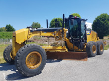 bulldozer Caterpillar 140M