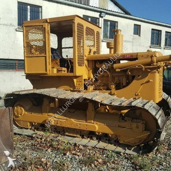 Voir les photos Bulldozer Caterpillar D6C LGP