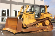 buldozer Caterpillar D6T XL