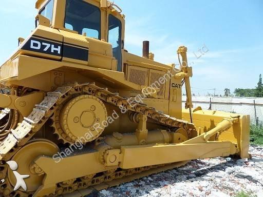 Voir les photos Bulldozer Caterpillar CAT D7H