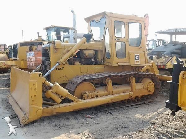 Voir les photos Bulldozer Caterpillar D6D
