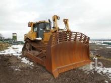 View images Caterpillar D7R bulldozer