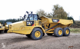 tombereau Caterpillar 730 C2
