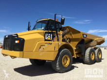 tombereau Caterpillar 735B