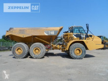 sklápač Caterpillar 740