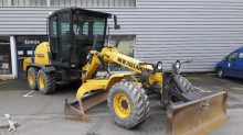 niveleuse New Holland F 106.7A
