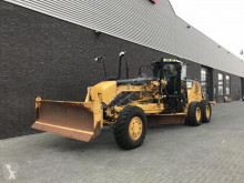 niveleuse Caterpillar 140M AWD