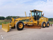 livellatrice Volvo G940 (Ripper / Front Blade / Good tyres!!)