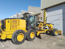 grejder Caterpillar 140M