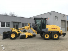 niveladora New Holland F 106.6 A
