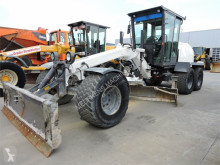 grader New Holland F106.6A