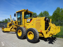 niveladora Caterpillar 140K 2014 with 650 hours