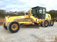 niveleuse New Holland RG170B