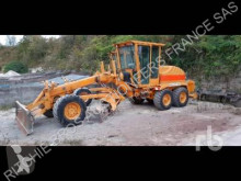 New Holland F 106.6