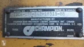 Ver las fotos Niveladora Champion 730A