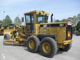 Voir les photos Niveleuse Caterpillar 12 H