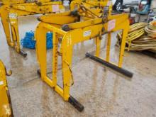 Scanlift accessories handling part