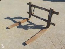 n/a Fork Carriage & Forks to suit Wheeled Loader handling part