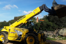 empilhador de obras New Holland LM1343