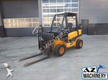 chariot élévateur de chantier JCB TLT30D