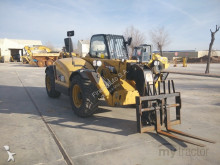 chariot télescopique Caterpillar TH414C