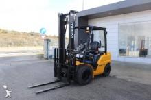 chariot élévateur de chantier Hyundai 25D-9E FORKLIFT