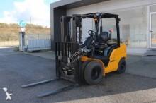 chariot élévateur de chantier Hyundai 30D-9 FORKLIFT