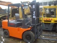 empilhador de obras TCM TCM30