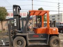empilhador de obras TCM TCM50