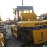chariot élévateur de chantier Komatsu FD100