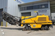 Wirtgen W 100 FK road construction equipment