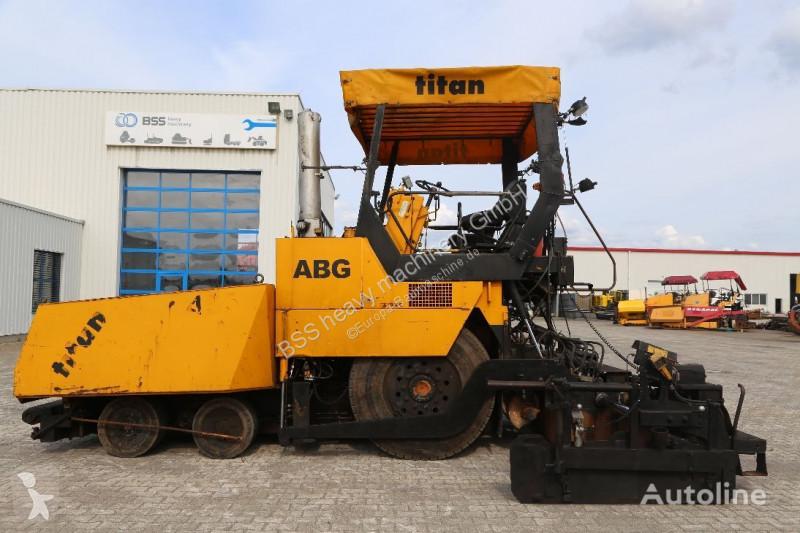 Travaux routiers ABG Titan 455