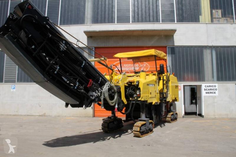 Lavori stradali Bomag BM1300-30