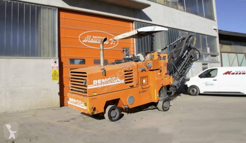 Vedeţi fotografiile Echipamente pentru lucrari rutiere Wirtgen W1000L