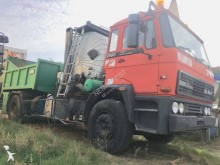 Secmair sprayer road construction equipment